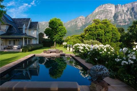 5 bedroom house  - Durham Avenue, Bishopscourt, Cape Town, Western Cape