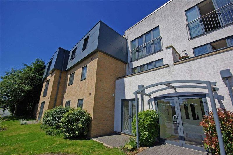 2 Bedrooms Apartment Flat for sale in Radcliffe Road, Bolton