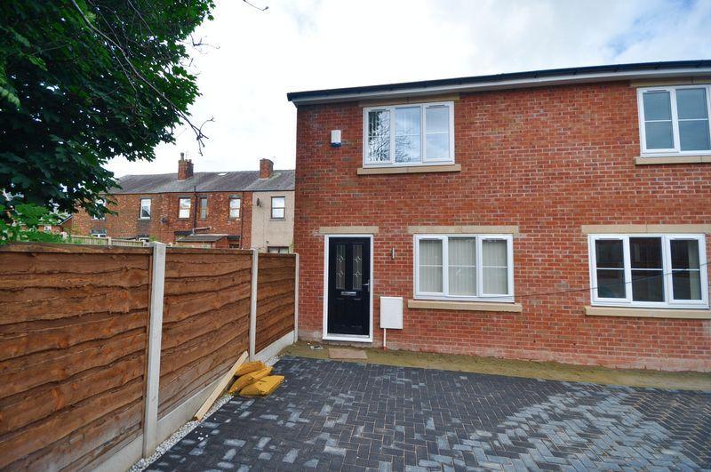 2 Bedrooms Terraced House for sale in Plot 1 Bedford Street, Heywood