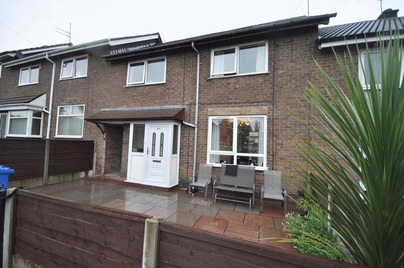 4 Bedrooms Terraced House for sale in Lewis Drive, Heywood