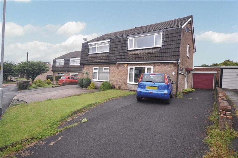 2 Bedrooms Semi Detached House for sale in Albion Street, Rochdale