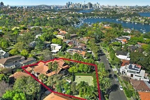 6 bedroom house  - 62 Northwood Road, NORTHWOOD, NSW 2066