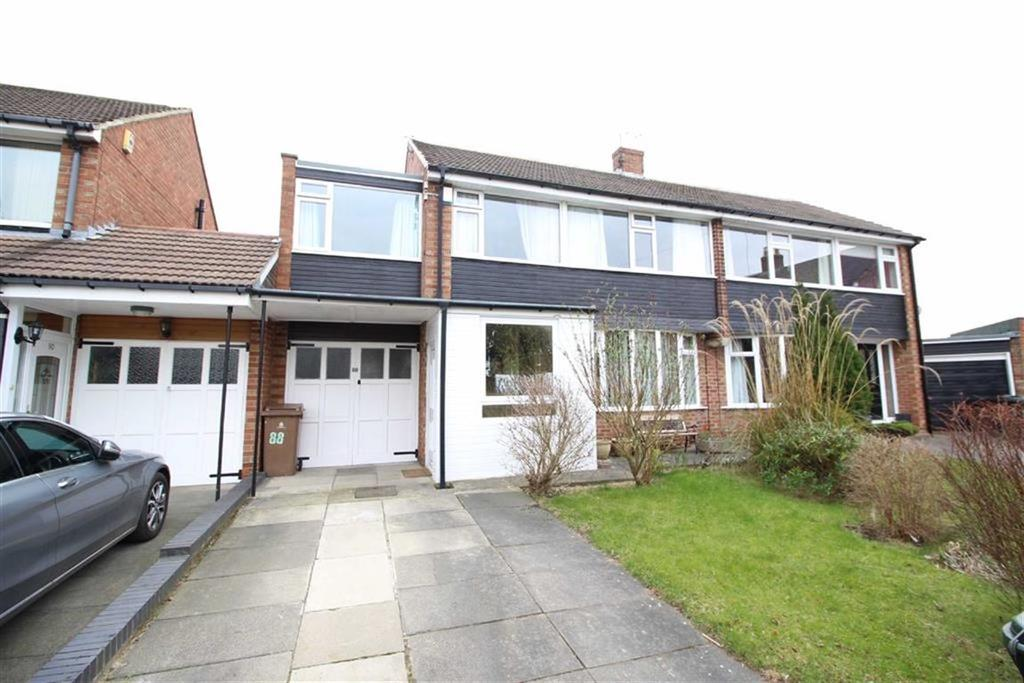 4 Bedrooms Semi Detached House for sale in Rayleigh Drive, Newcastle Upon Tyne, NE13