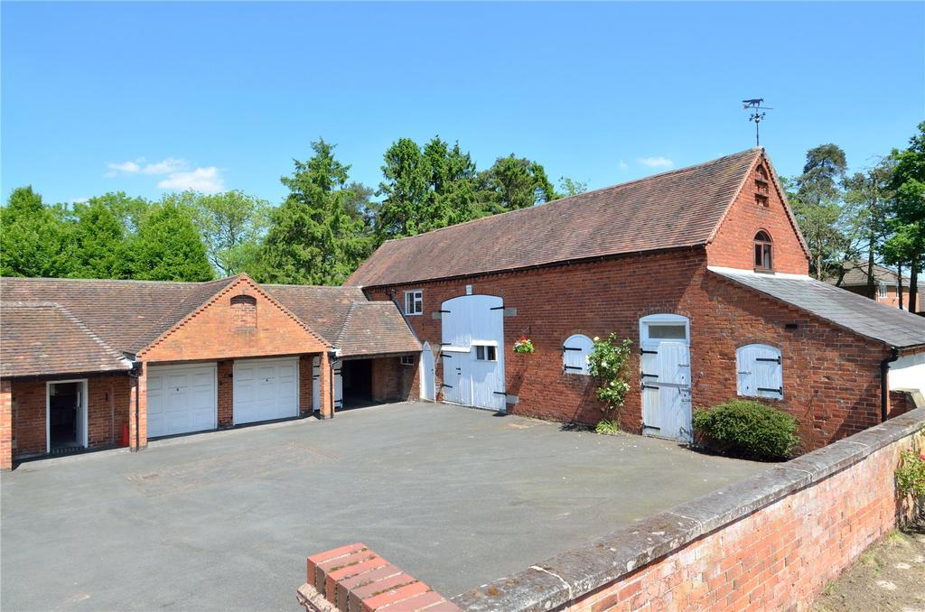 4 Bedrooms Barn Conversion Character Property for sale in Avenue Road, Astwood Bank, Worcestershire