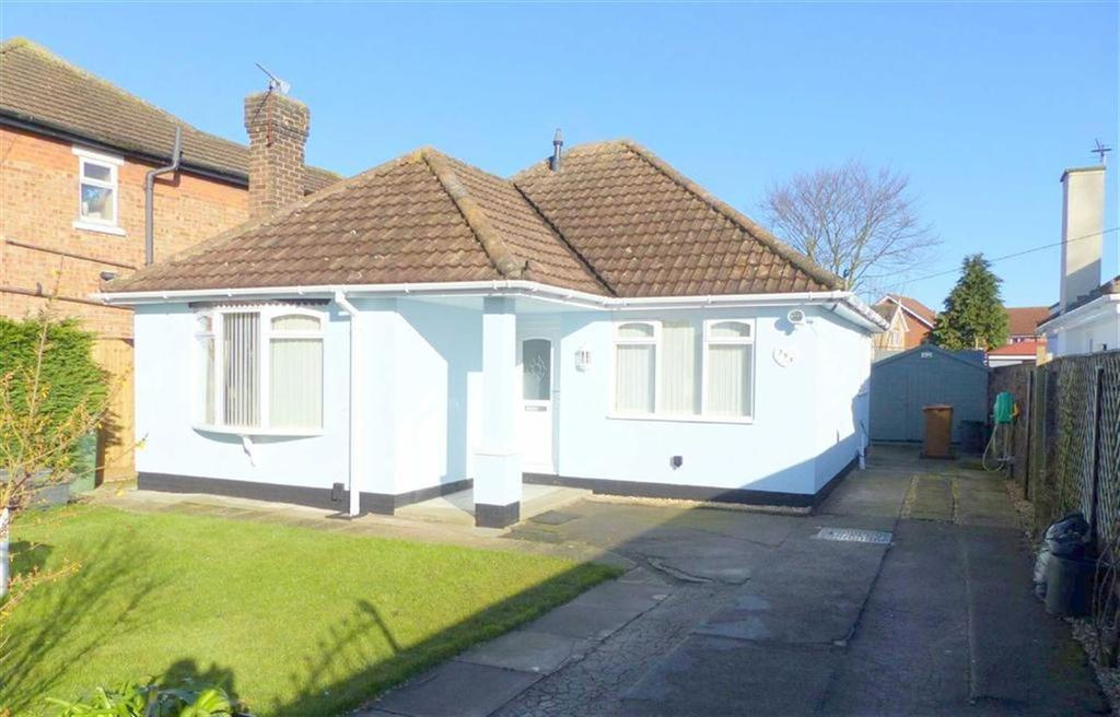 2 Bedrooms Bungalow for sale in Humberston Road, Cleethorpes, North East Lincolnshire