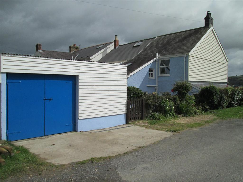 3 Bedrooms House for sale in Llansteffan, Carmarthen