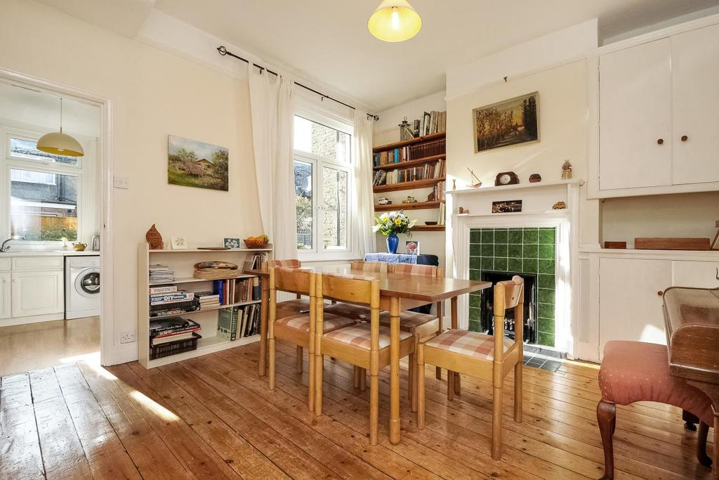 4 Bedrooms Terraced House for sale in Brudenell Road, Tooting, SW17