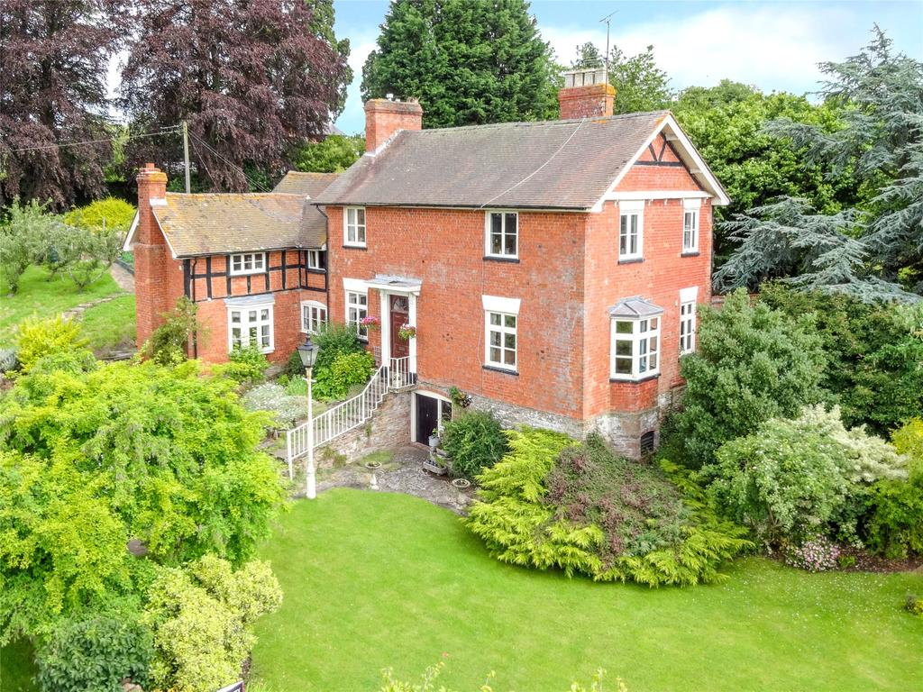 5 Bedrooms Detached House for sale in Thornbury, Bromyard, Herefordshire