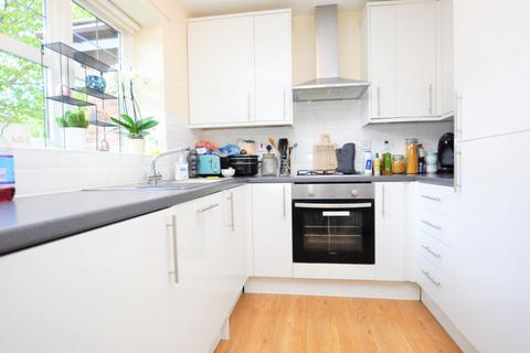 2 bedroom terraced house to rent - Portland Mews, Helmsley Road, Newcastle Upon Tyne