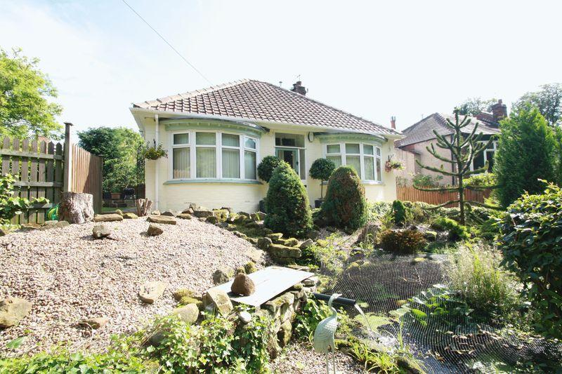 3 Bedrooms Detached House for sale in Church Lane, Ormesby, Middlesbrough, TS7 9AW