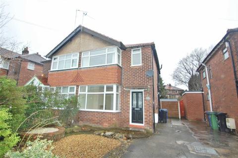 3 bedroom semi-detached house to rent - Linda Drive, Hazel Grove, Stockport