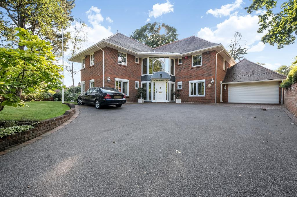5 Bedrooms Detached House for sale in The Avenue, Branksome Park, Poole BH13