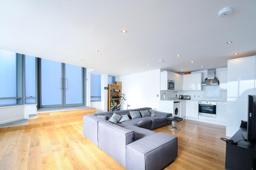 2 Bedrooms Flat for sale in Hardwicks Square, Southfields, SW18