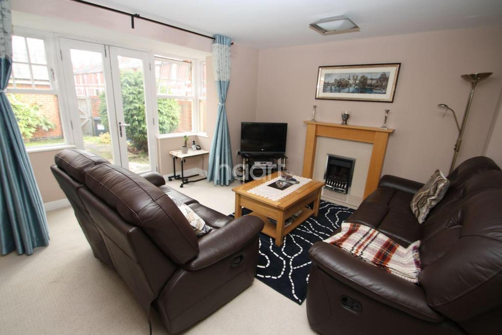 4 Bedrooms End Of Terrace House for sale in Mansfield Road, Chester Green
