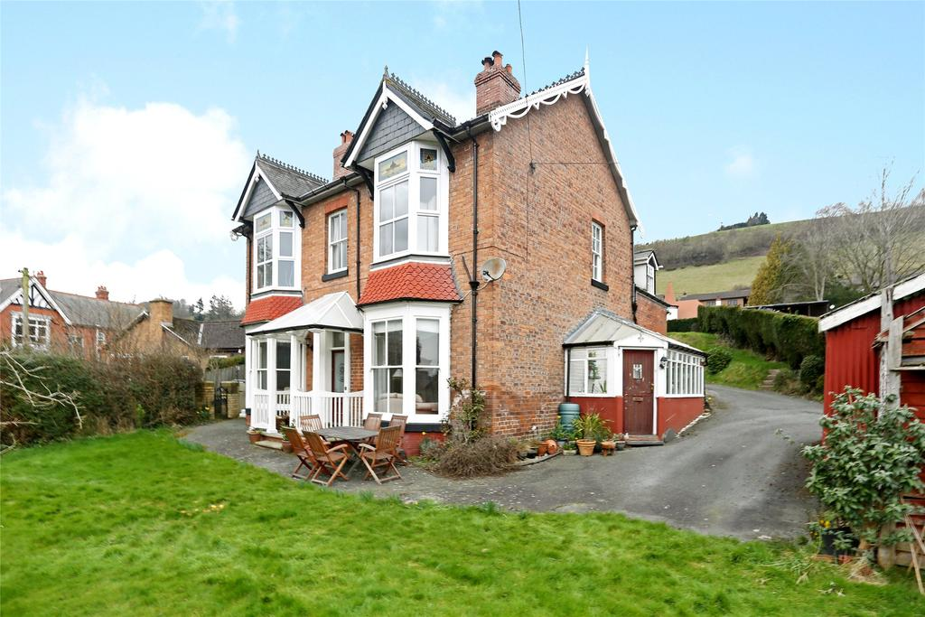 7 Bedrooms Detached House for sale in Llwynon Lane, Newtown, Powys
