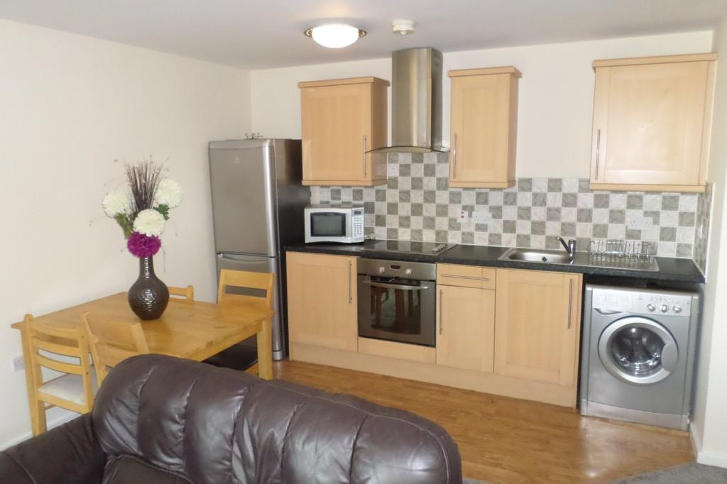 2 Bedrooms Apartment Flat for sale in Mandale House, 30 Bailey Street, Sheffield, S1 4AB