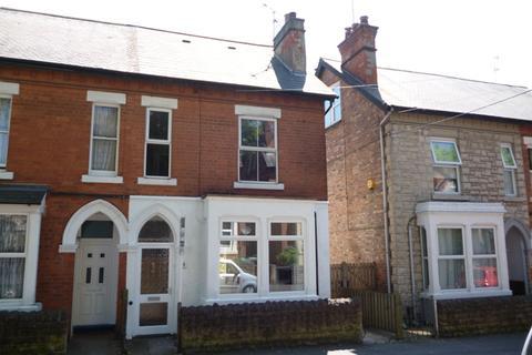 3 bedroom semi-detached house to rent - Osborne Grove, Sherwood, Nottingham, NG5 2HE