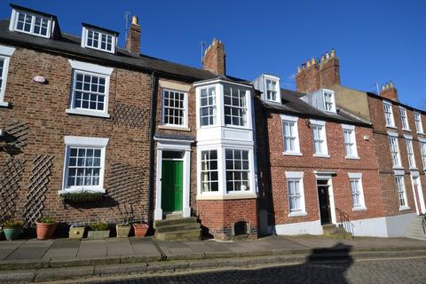 3 bedroom terraced house to rent - South Street, Durham