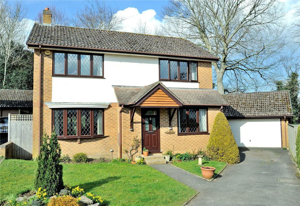 4 Bedrooms Detached House for sale in Cereleton Park, Charlton Marshall, Blandford Forum, Dorset