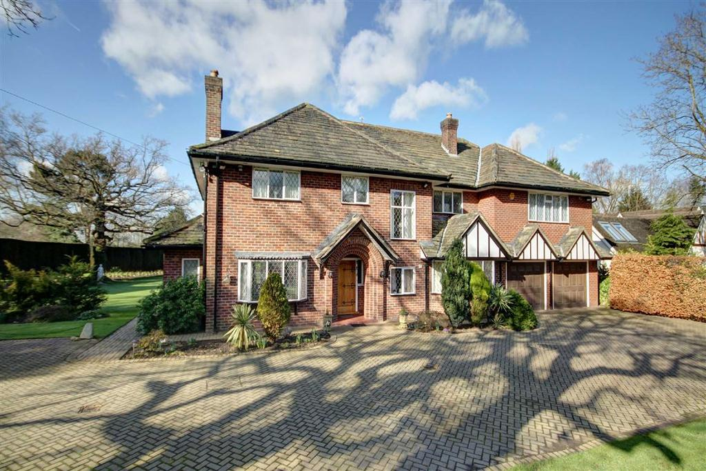 5 Bedrooms Detached House for sale in Hough Lane, Wilmslow, Cheshire