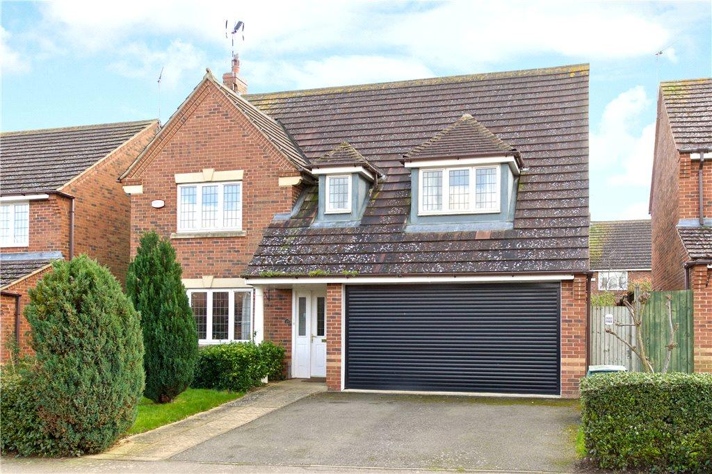 4 Bedrooms Detached House for sale in Pyke Way, Crick, Northampton, Northamptonshire
