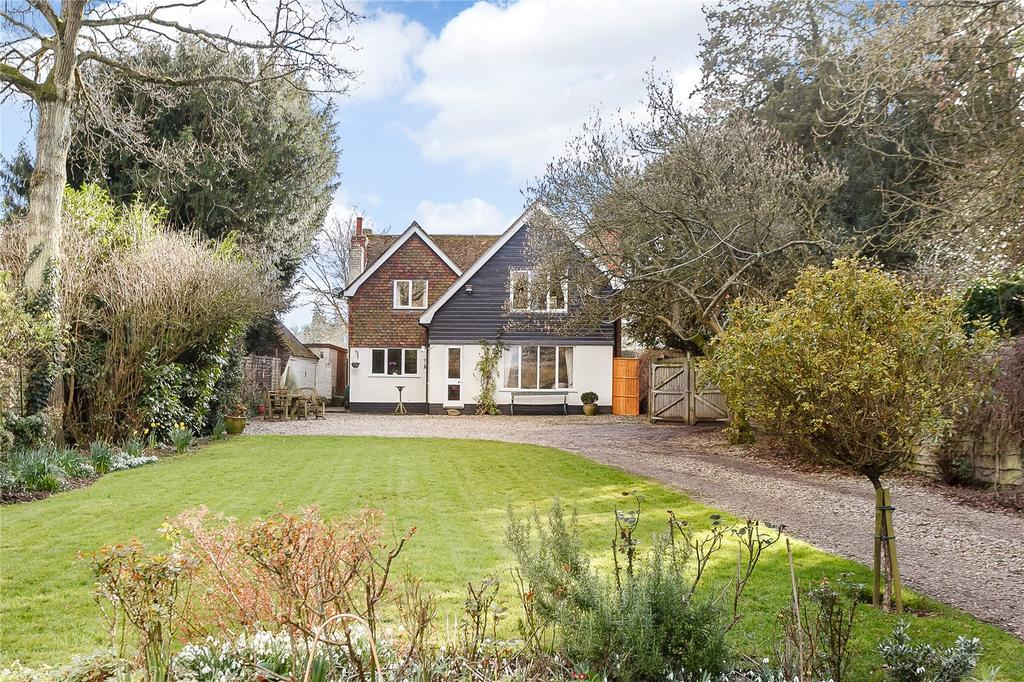 5 Bedrooms Detached House for sale in Wasing Road, Brimpton, Reading, Berkshire