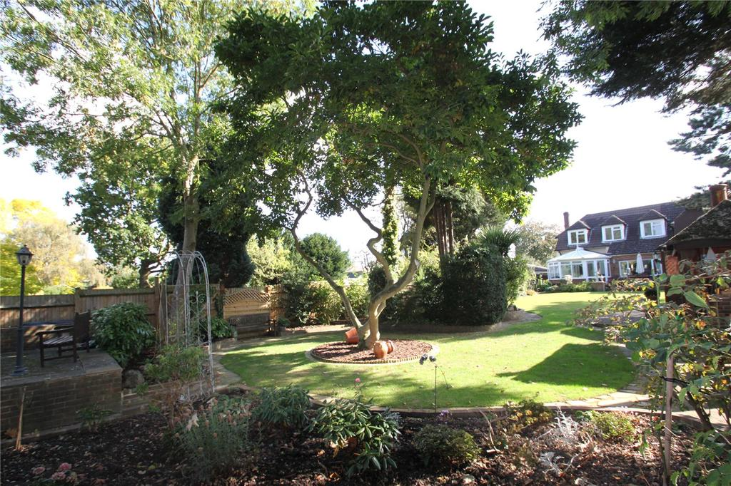 4 Bedrooms Detached House for sale in 11 Edward Road, Sundridge Park, Bromley, Kent, BR1