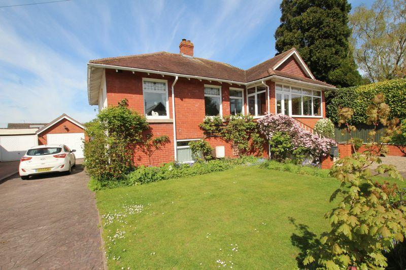 4 Bedrooms Detached House for sale in KINGS ACRE