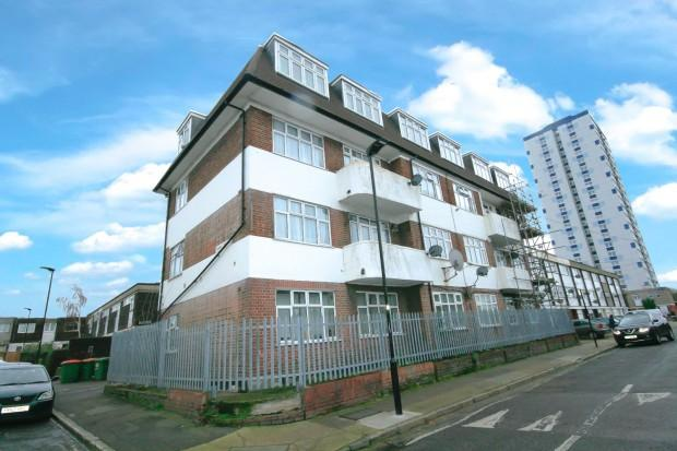 2 Bedrooms Flat for sale in Bridgeford Lodge Frank Street, London, E13