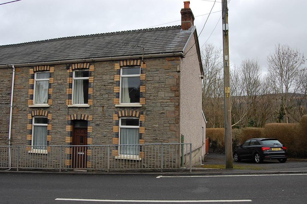 3 Bedrooms Semi Detached House for sale in Cwmamman Road, Glanamman, Ammanford