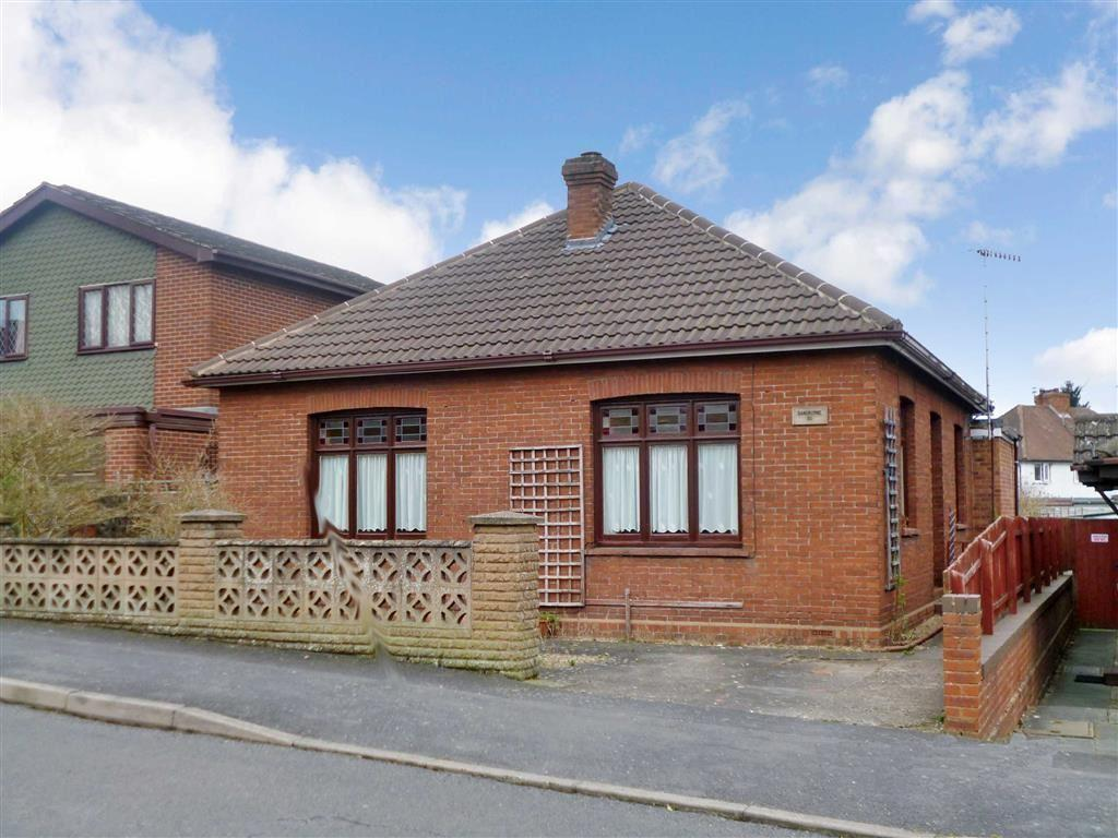 2 Bedrooms Detached Bungalow for sale in Lea Bank Avenue, Kidderminster, Worcestershire