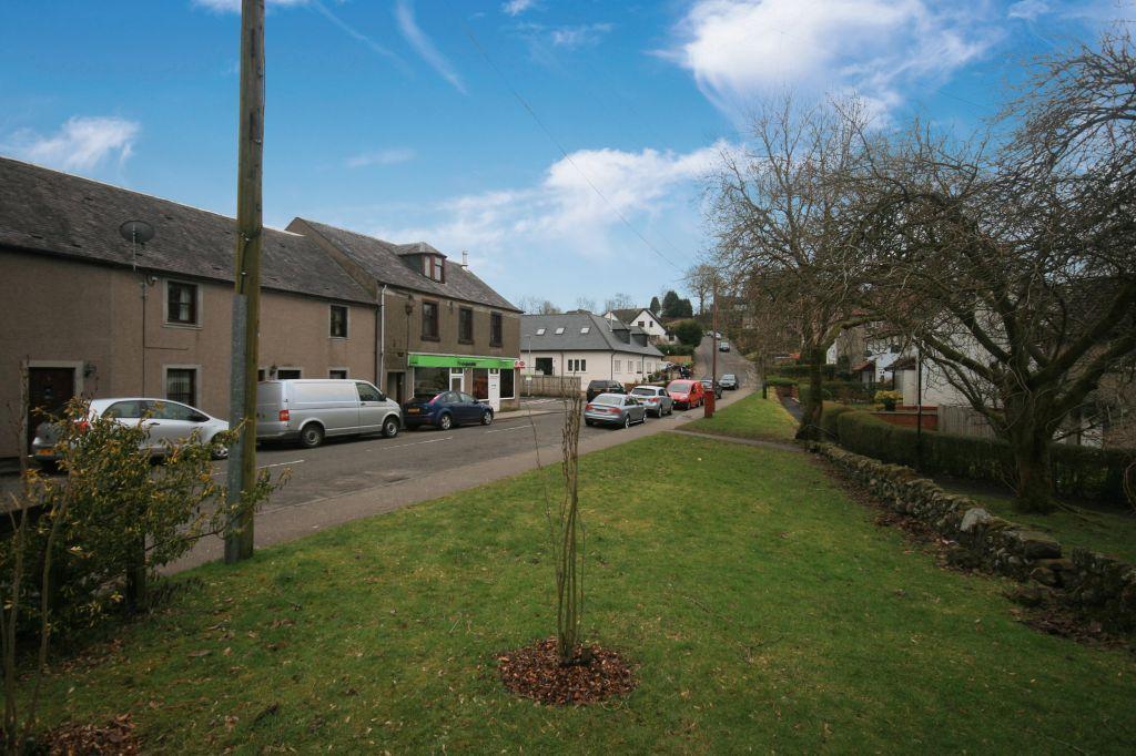 5 Bedrooms Flat for sale in 9 Old Mugdock Road, Strathblane, G63 9EJ