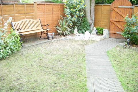 1 bedroom house to rent - Mead Avenue, Langley, SL3