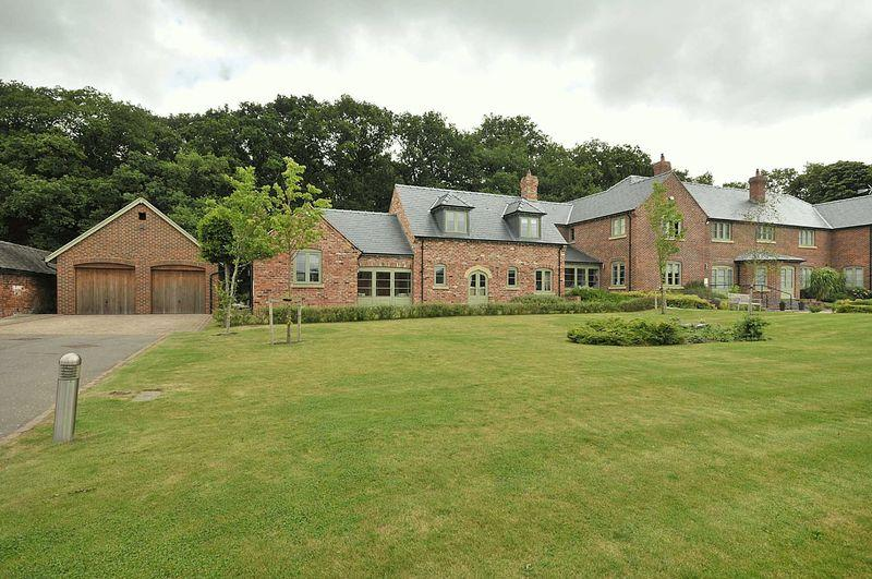 3 Bedrooms Barn Character Property for sale in Kennels Green, Arley