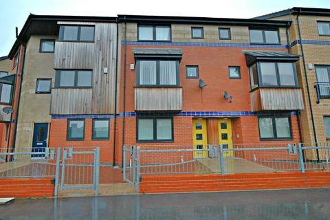 3 bedroom townhouse for sale - 165 Sculcoates Lane, HULL