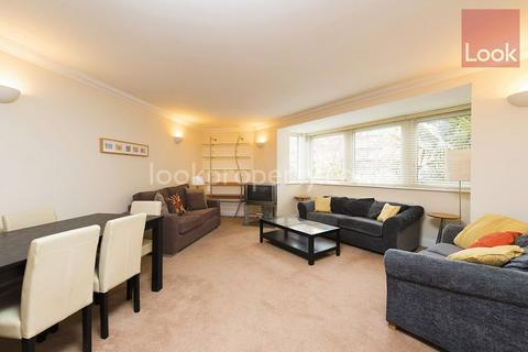 2 bedroom flat to rent - Rich Street, Westferry E14