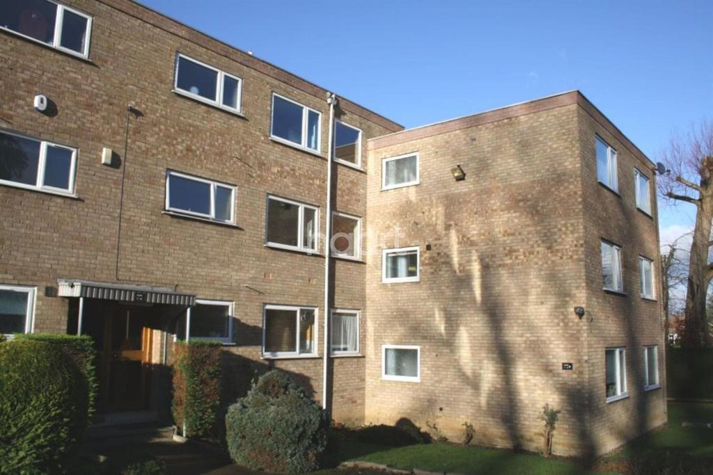 1 Bedroom Flat for sale in Tiffany Court, Off London Road