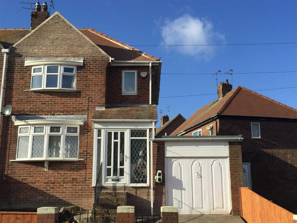 2 Bedrooms Semi Detached House for sale in Shaftesbury Avenue, Ryhope, Sunderland