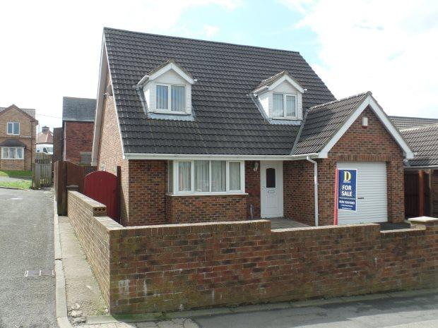 4 Bedrooms Detached Bungalow for sale in THE OAKLANDS, WHEATLEY HILL, PETERLEE AREA VILLAGES