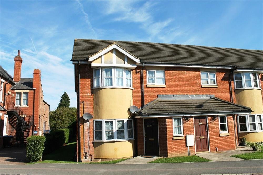 2 Bedrooms Flat for sale in New Bradwell, MILTON KEYNES, Buckinghamshire