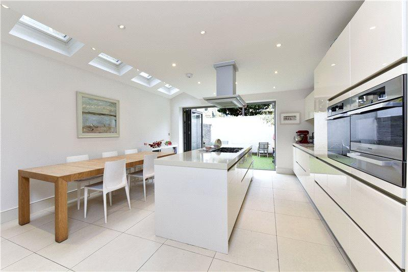 4 Bedrooms Terraced House for sale in Acris Street, Wandsworth, London, SW18