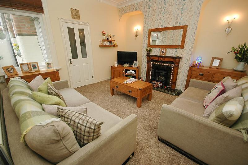 2 Bedrooms Flat for sale in Richmond Road, South Shields