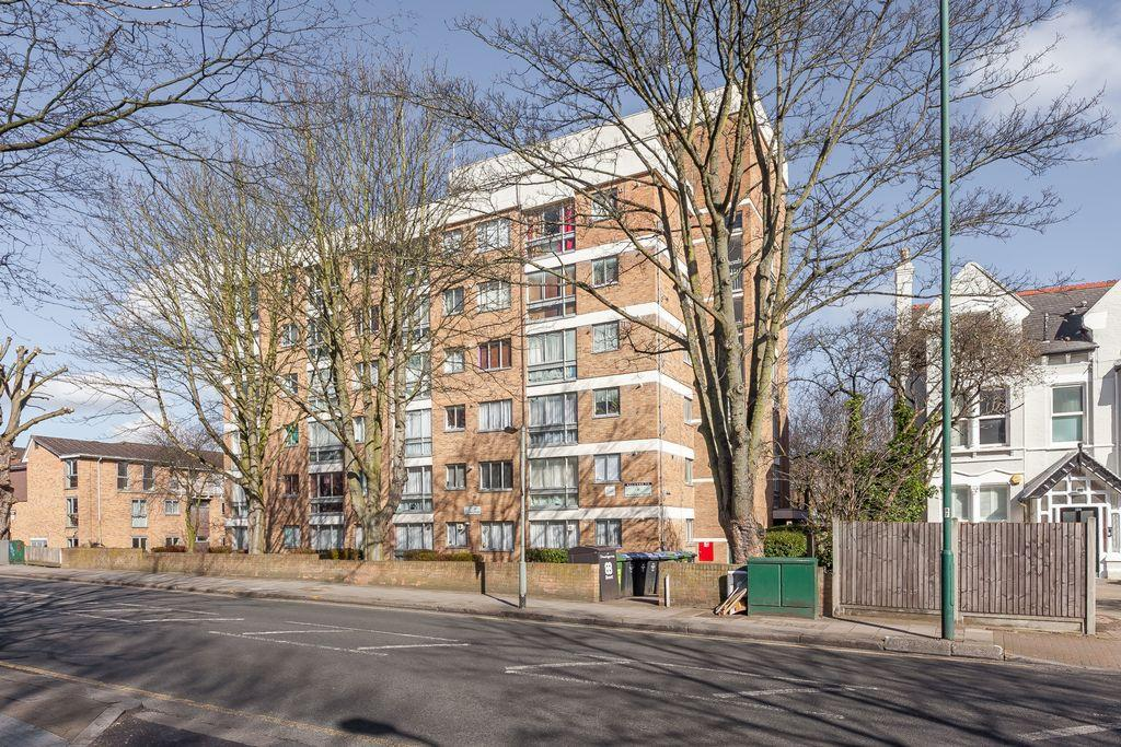 2 Bedrooms Apartment Flat for sale in Peascroft House, Willesden Lane, Kilburn, NW6
