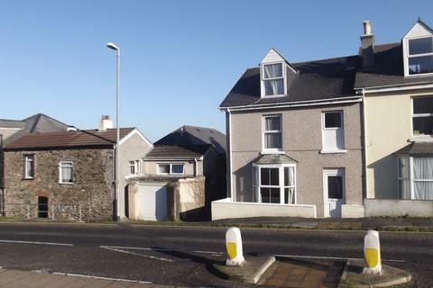 Studio to rent - North Road, Saltash