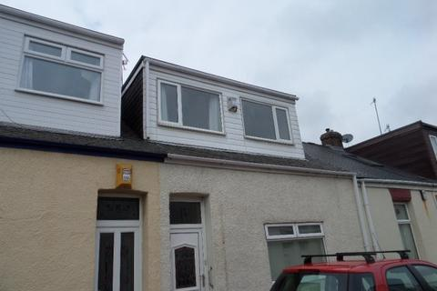 2 bedroom terraced house to rent - ONSLOW STREET, PALLION, SUNDERLAND SOUTH
