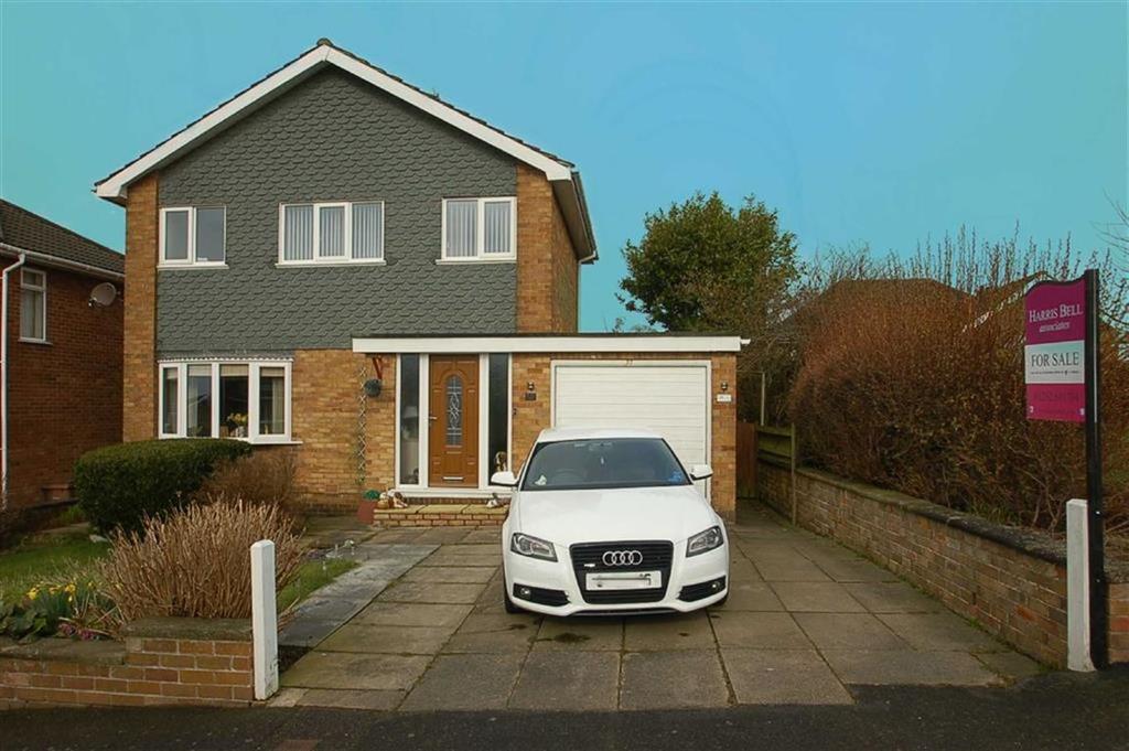 3 Bedrooms Detached House for sale in Sandsacre Avenue, Bridlington, East Yorkshire, YO16