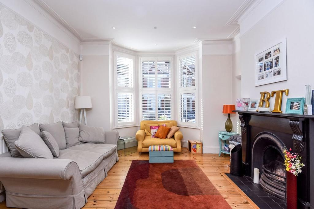 4 Bedrooms Terraced House for sale in Larch Road, Willesden Green