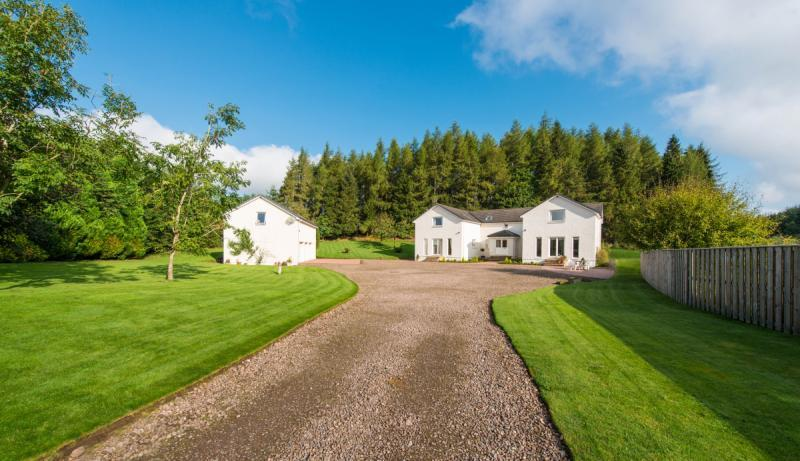 4 Bedrooms Detached House for sale in Seathaugh House, By Gleneagles, Auchterarder, Perthshire