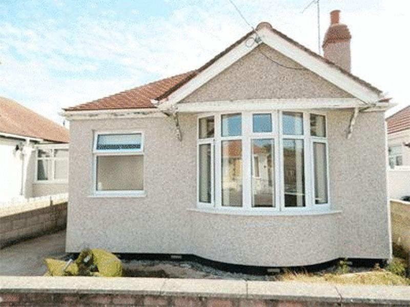 2 Bedrooms Detached Bungalow for sale in Eastville Avenue, RHYL