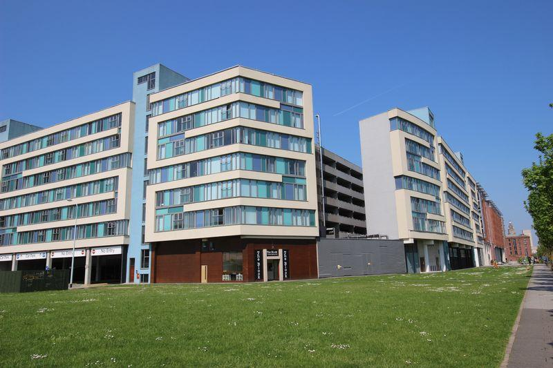 2 Bedrooms Apartment Flat for rent in Kings Waterfront